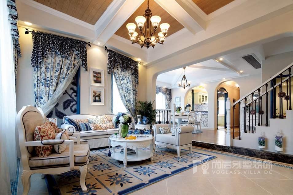 地中海式风格客厅实景图